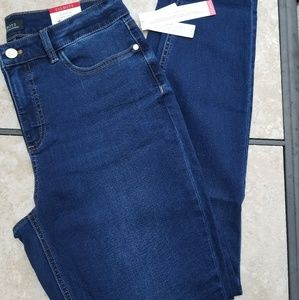 Talbots flawless five-pocket jegging  NWT 10
